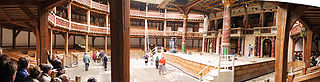 Indoor Panorama from the Shakespeare´s Globe in London, by Maschinenjunge.  2001.  Courtesy Wikimedia Commons.