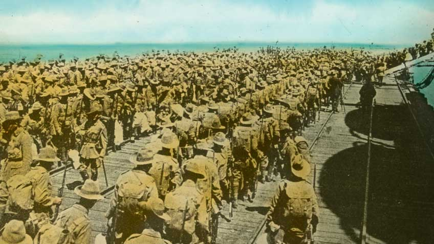 australian_soldiers_embarking_848x477