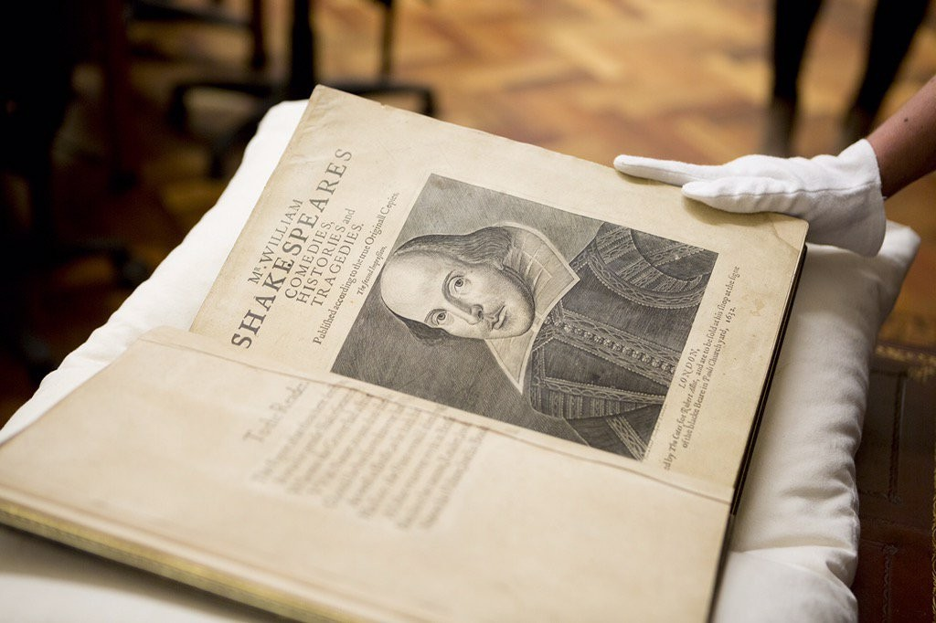 Shakespeare. Second Folio. Mr. William Shakespeares comedies, histories, and tragedies : published according to the true originall copies.