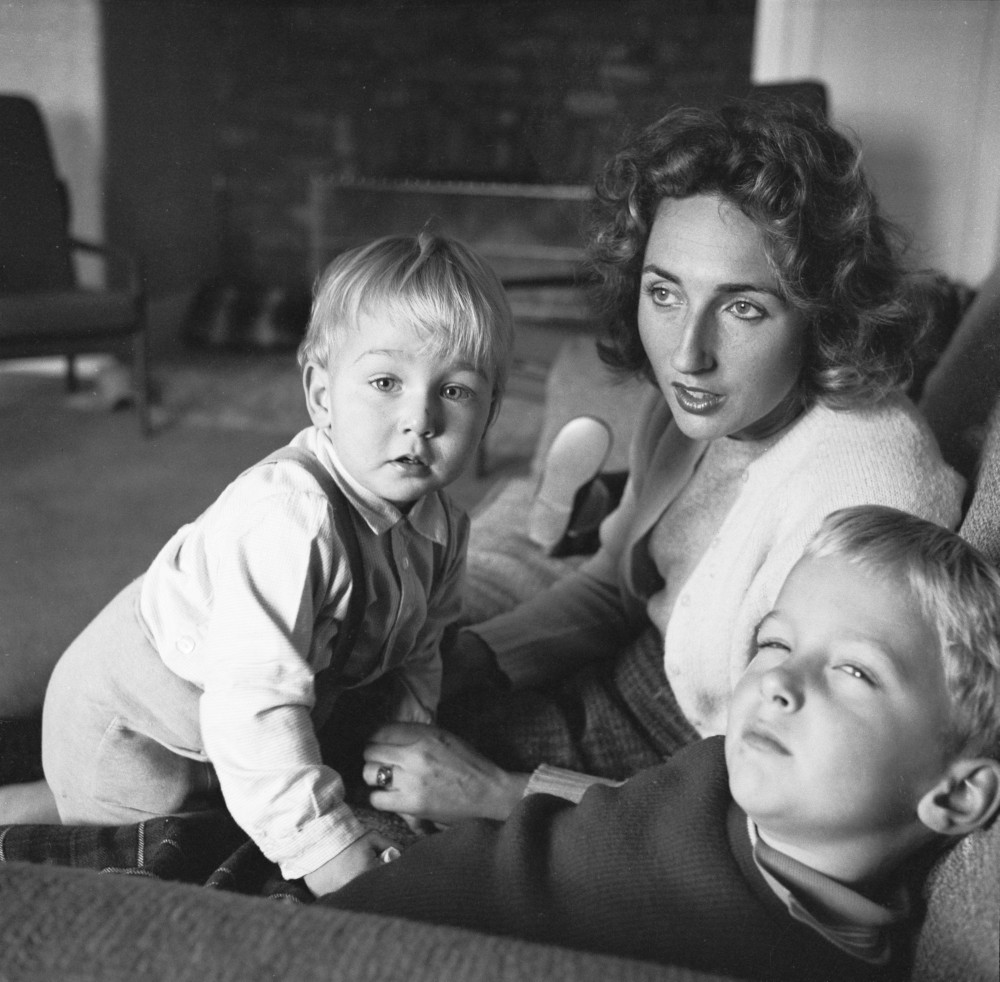 [Tony MacDougall's wife and three children], Maggie Diaz