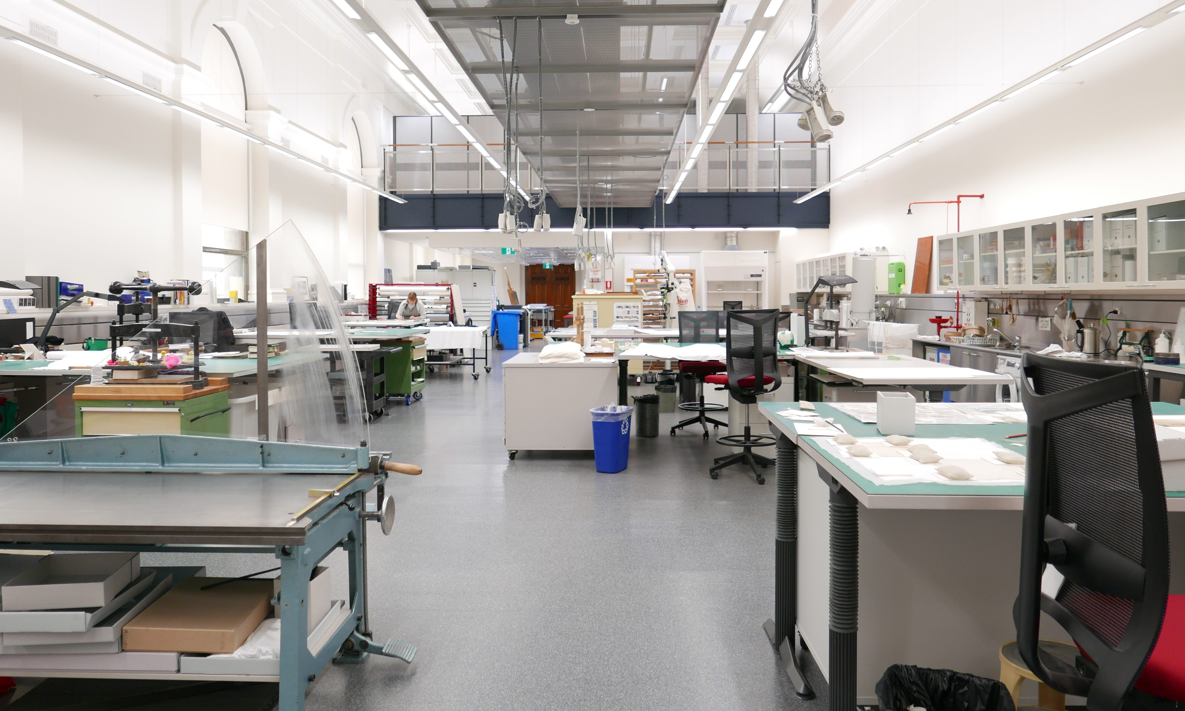 laboratory with desks and conservation equipment