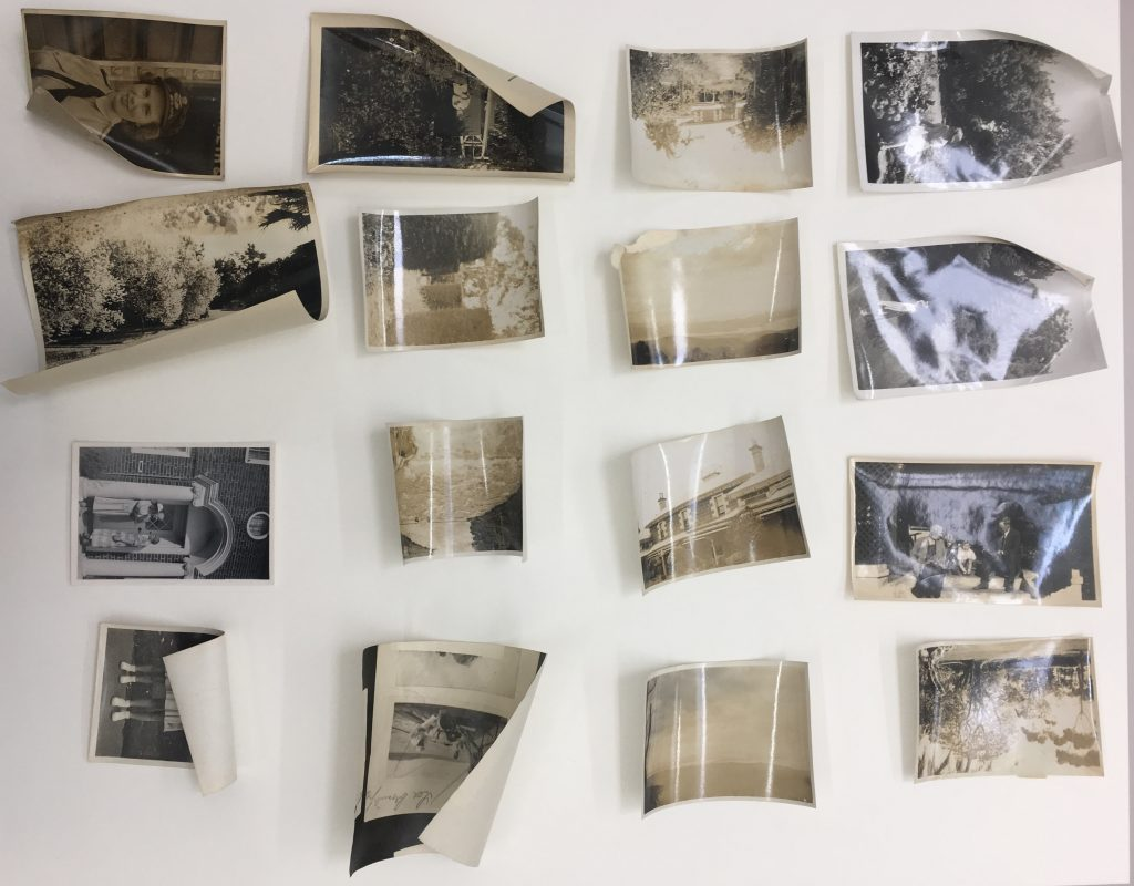 Drying photographs