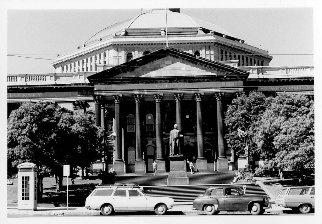 Black and white photo of the exterior of the State Library